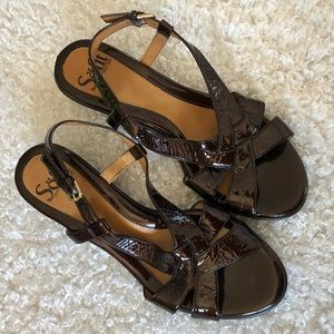 Sofft  7.5 sandals small heel Brown metallic flake